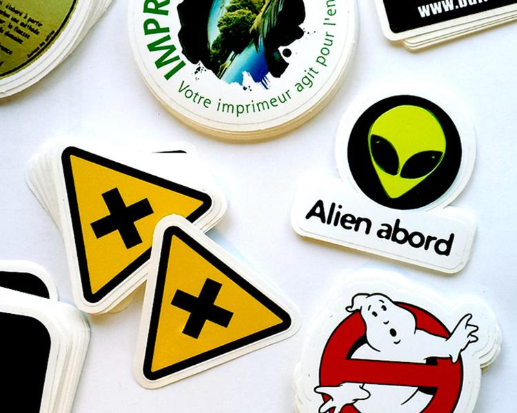 Stickers découpés à la forme 5x5 cm